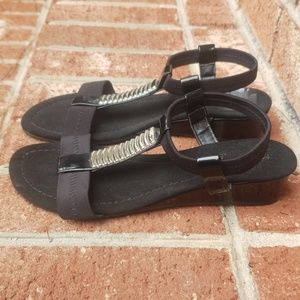 Madeline Stuart💎Black Sandal Size 6.5 M